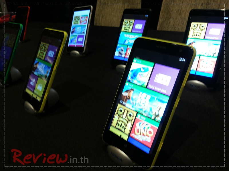 Preview-Nokia-Lumia-625 (1)