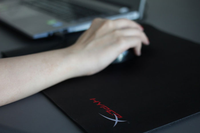 HyperX-Fury-Pro-Gaming-Mouse-Pad-(3)