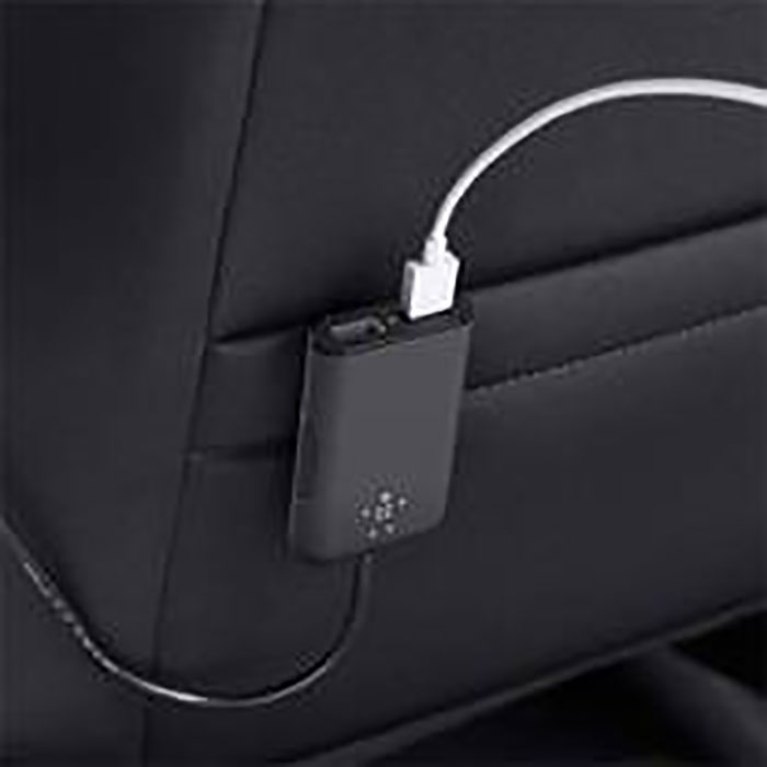 Road-Rockstar-4-Port-Passenger-Car-Charger__Pic-3