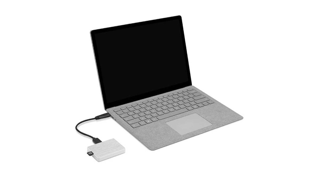 one-touch-ssd-connect-to-laptop_