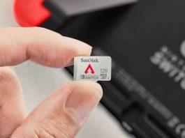 en_us-APEX_NintendoSwitch_microSD_128GB_Life_hand_LR