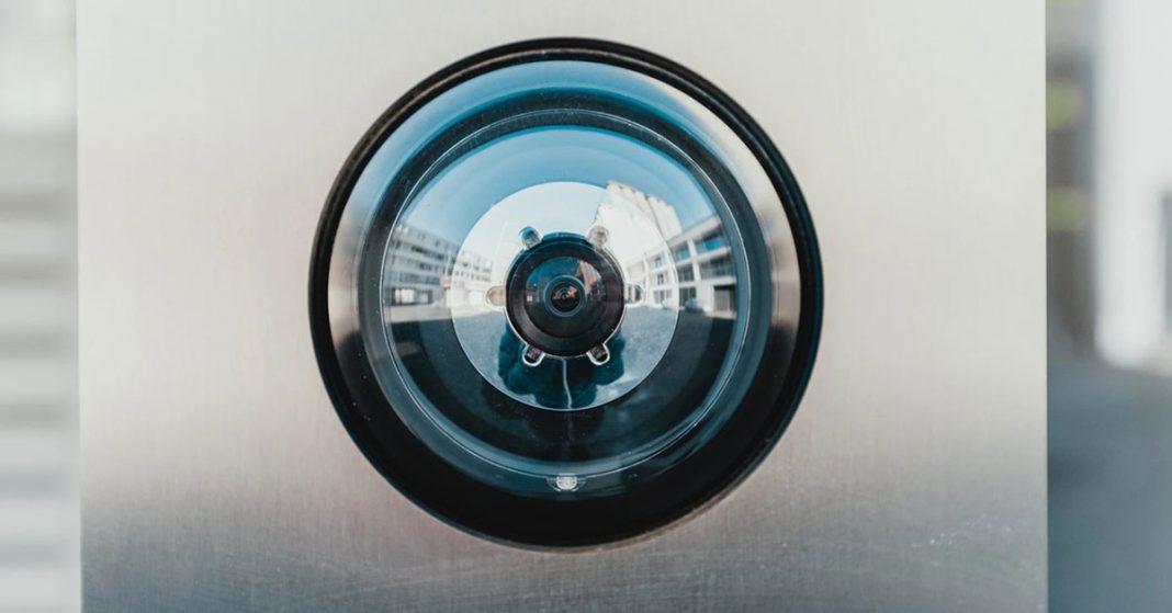 ติดกล้องวงจรปิดแบบไหนดีให้เข้ากับความต้องการของบ้านคุณ-1